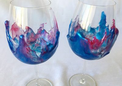 Easy Wine Decorating with Resin