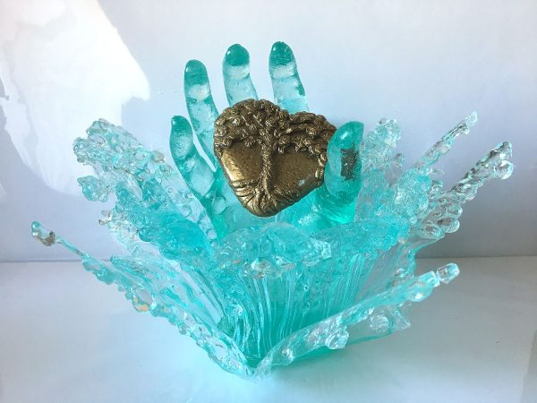 Home is where the heart is - a resin sculpture by Sue Findlay Designs
