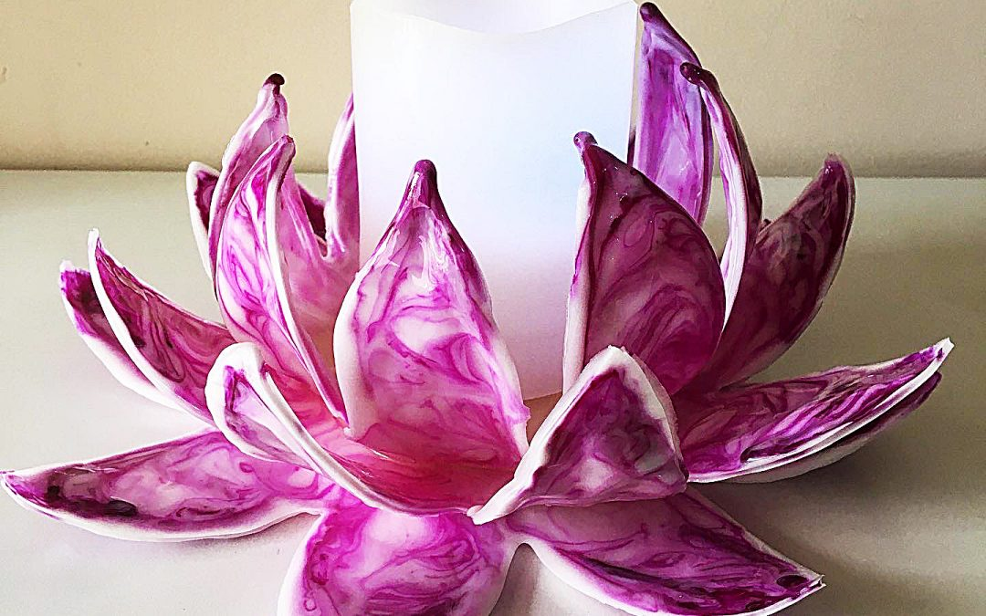 How to create a lotus flower using hot glue and resin